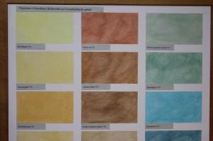 Sumpfkalkfarbe kann mit pigmentierter Wandlasur nach eigenen Vorstellungen gefärbt werden