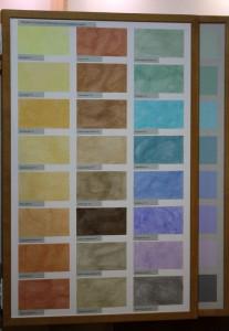 ...der Farben (im Bild: die Sumpfkalkfarbe unterschiedlich pigmentiert) ...